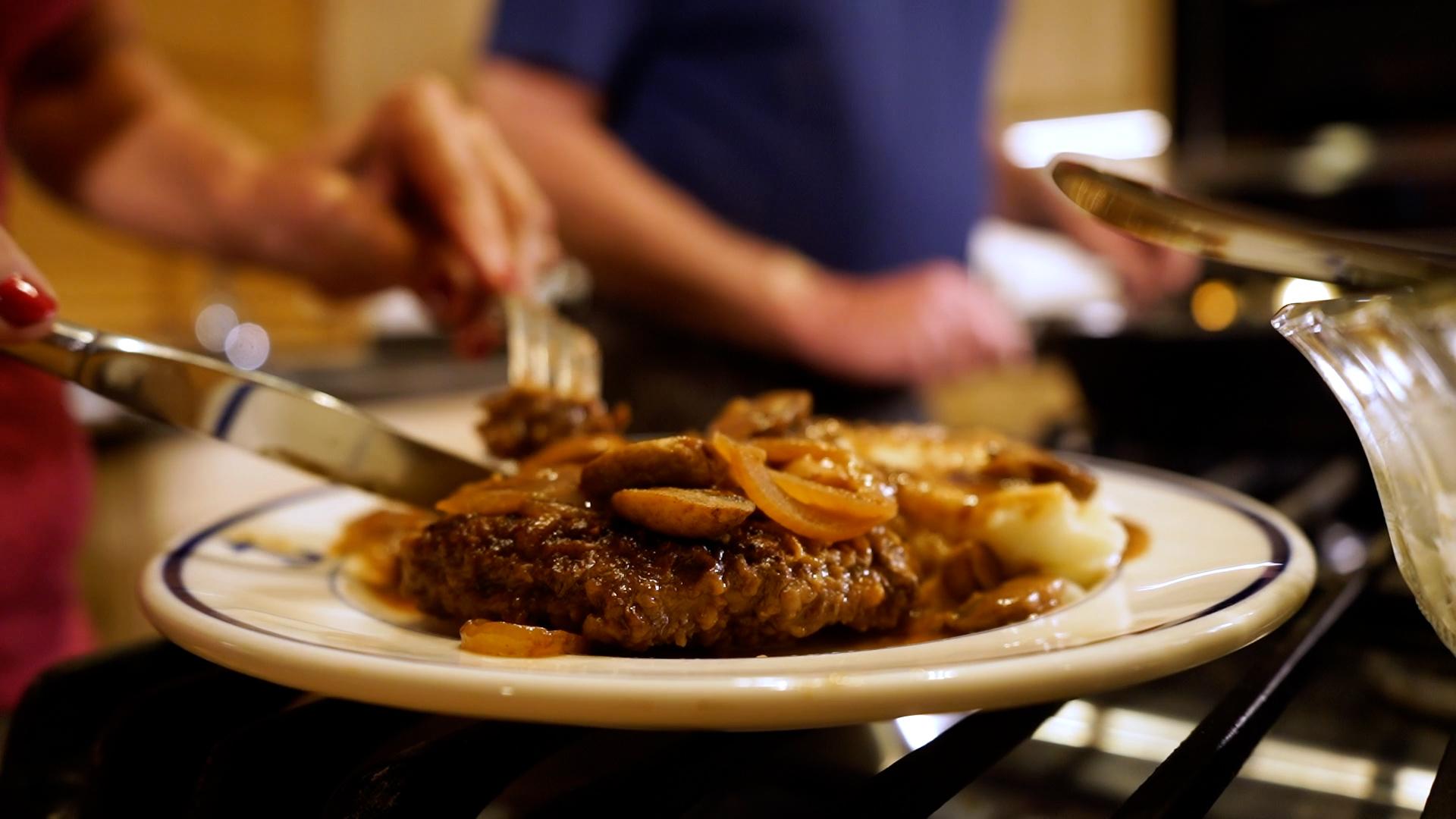 Yardley Salisbury Steak